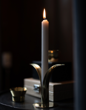 The Lili Candlestick